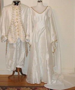 renaissance wedding dresses